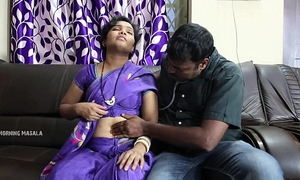 Aunty romance with doctor