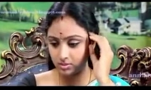 South waheetha sexy scene in tamil sexy clip anagarigam.mp4