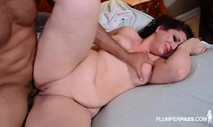 Big a-hole brunette hair nurse takes penis unfathomable in her wazoo