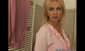 Mom rather masturbates than do housekeeping