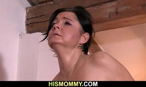 Old mamma uses her son's girlfriend