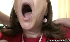 Old slut takes 2 rods in the office